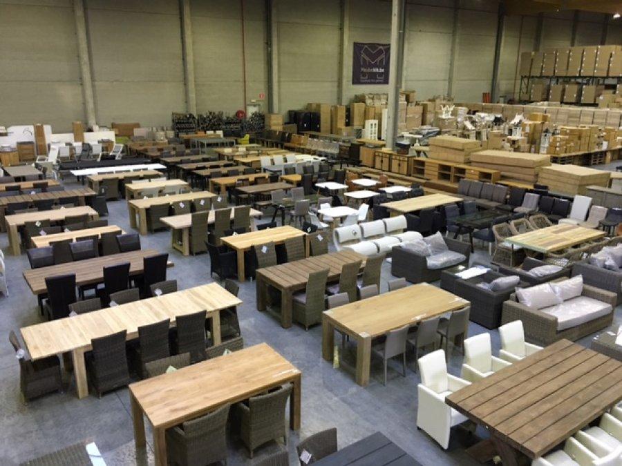 d stockage des meubles de jardin d stockage dans gavere. Black Bedroom Furniture Sets. Home Design Ideas
